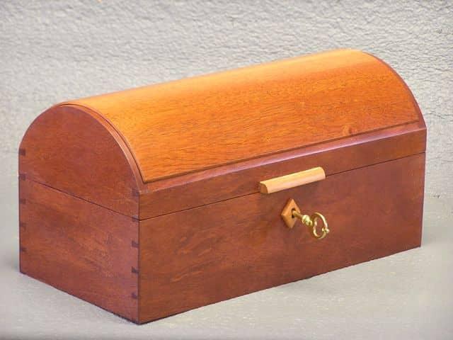 Strap Hinged Box - Veneer Inlay Dungog, NSW
